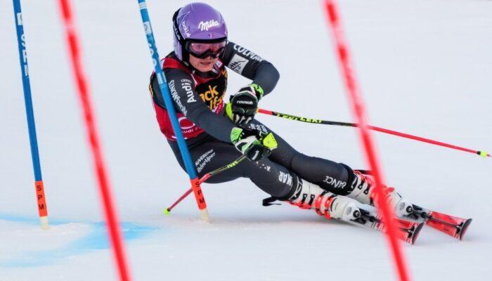 پایان دوره مربیگری پیست اسکی آلپاین در آلوارس سرعین