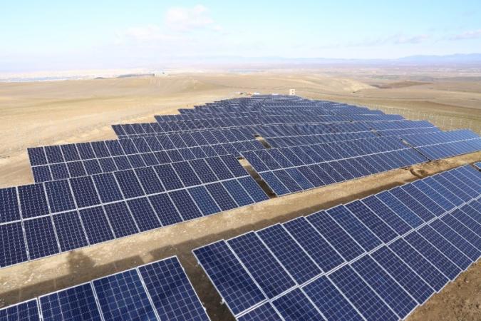 بروکراسی ها مانع توسعه و رونق تولید برق رایگان / بومی ترین نیروگاه شمالغرب کشور چراغ اردبیلی ها را روشن کرده است