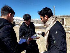 توزیع اقلام بهداشتی برای پیشگیری از کرونا در روستاهای سرعین/ فیلم
